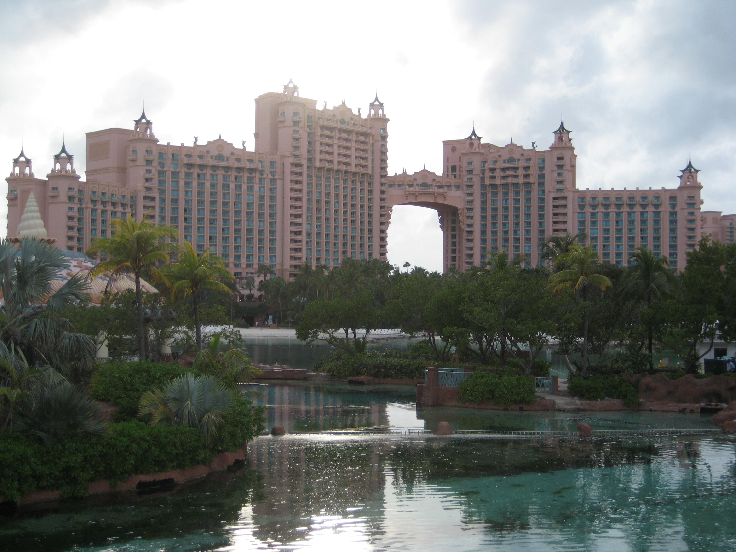 Atlantis Paradise Island Weather February